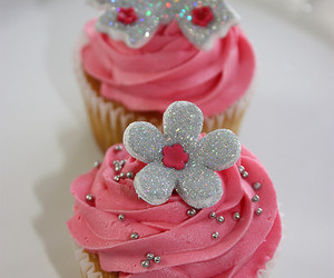 cupcake, pink, and butterfly image