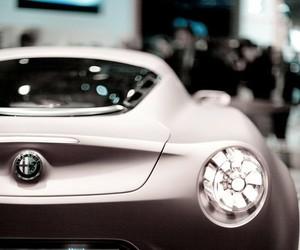 car and alfa romeo image