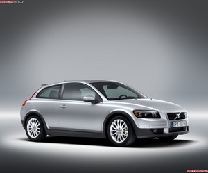 volvo and c30 image