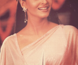 beautiful, bollywood, and vintage image