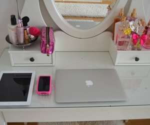 girl, ipad, and apple image