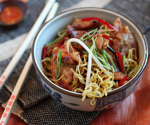 chinese, meat, and noodles image