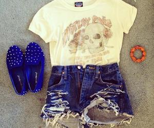 *-*, moda, and short image