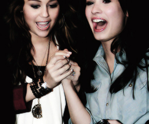 demi lovato, miley cyrus, and diley image