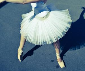 balance, ballet, and city image