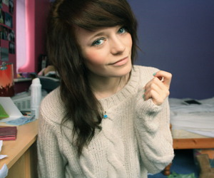blue eyes, brown hair, and girl image