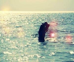 love, kiss, and sea image