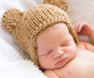 baby and hat image