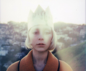 crown, polaroid, and Queen image