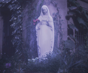 statue and natalie kucken image