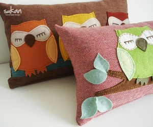 owl and pillow image