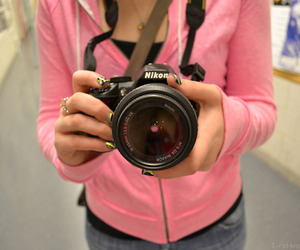 girl and nikon image
