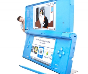 blue and nintendo ds image