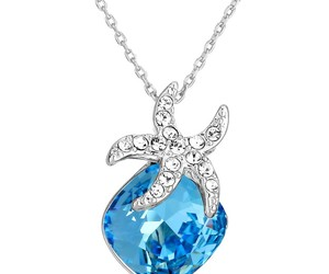 fashion jewelry and fashion necklace image
