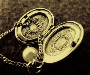locket, macro, and necklace image