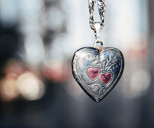 bokeh, heart, and necklace image