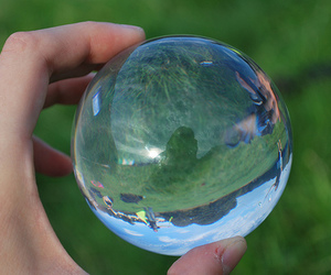 ball and bubbles image
