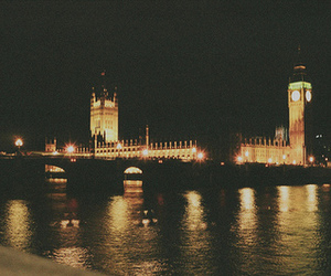 london, light, and night image