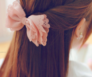 hair, bow, and hair style image