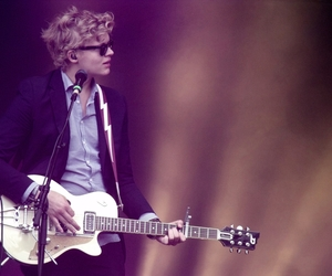 boy and of monsters and men image