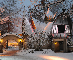 2010, snow, and holland image