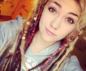 dreads, girl, and gitl image