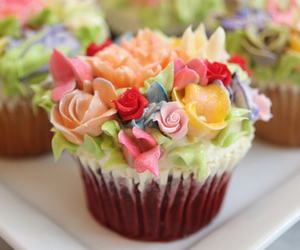cupcake, flowers, and dessert image