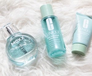 bright, fashion, and fragrance image
