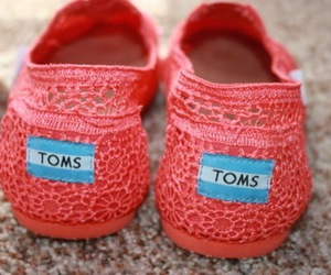 Tom, shoes, and pink image