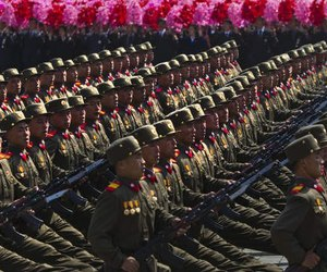 north korea, Pyongyang, and soldiers image