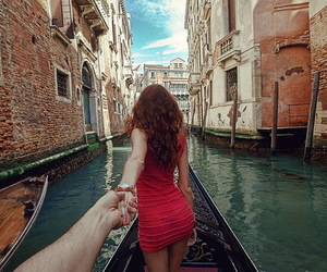 venice, couple, and italy image