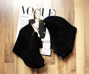 fashion, vogue, and shoes image