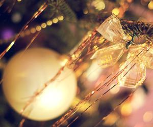 christmas and golden balls image