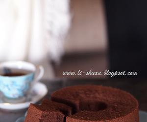 cake, chocolate, and chiffon cake image