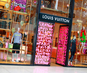 Louis Vuitton, pink, and store image