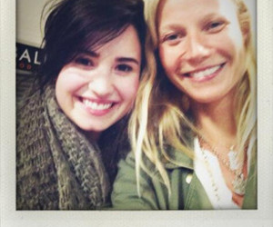 airport, beautiful, and demi lovato image