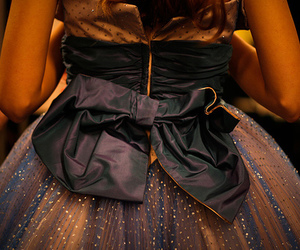 dress and bow image