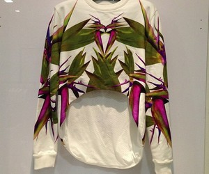 givenchy sweater image