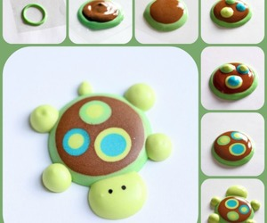 cupcakes, turtle, and tutorial image