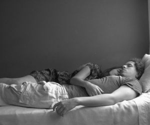 bed, love, and black and white image
