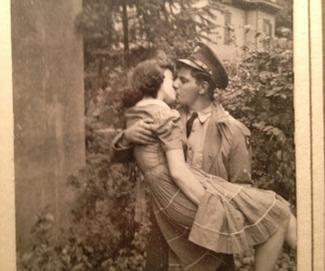 love, vintage, and kiss image