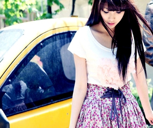 floral, t-shirt, and girl image