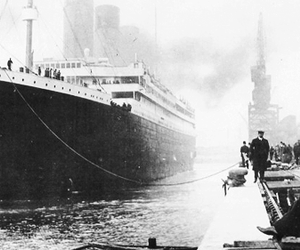 titanic and 1900's image