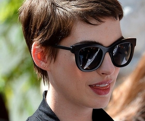 adorable, Anne Hathaway, and short hair image