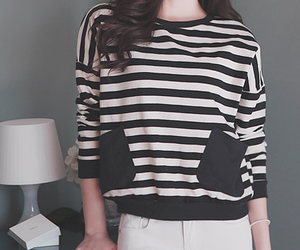 black and white, clothes, and fashion girl image