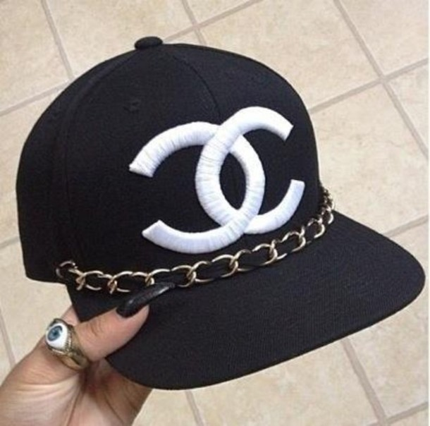 Chanel hat discovered by Samantha on We Heart It 21f006157
