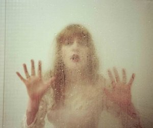 florence welch and florence + the machine image