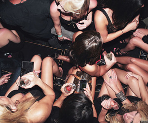 girls, drinks, and party image
