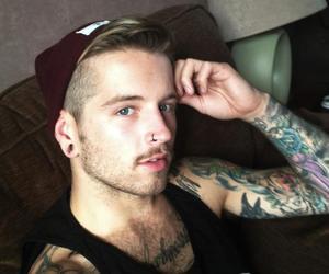 Ash Stymest, body modification, and boys image