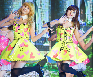 lizzy, Nana, and orange caramel image